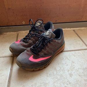 Nike AirMax size 10